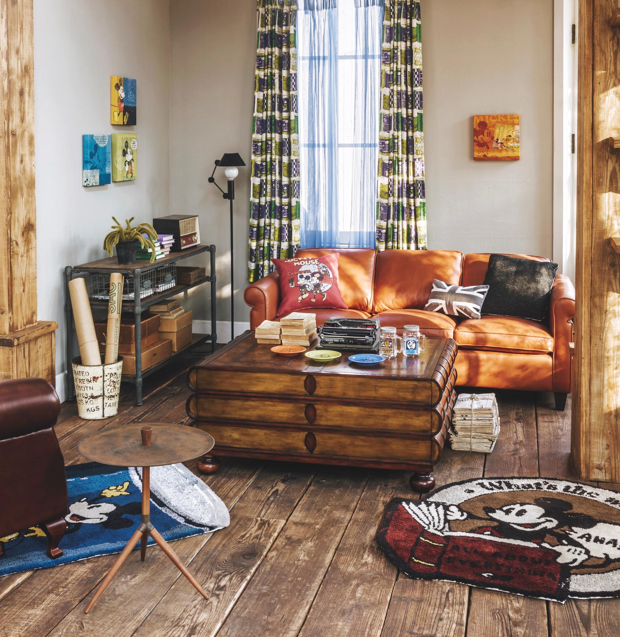 一人暮らしのインテリアとコーディネートの決め方: ディズニーで部屋をコーディネート 大塚家具がミッキーらの