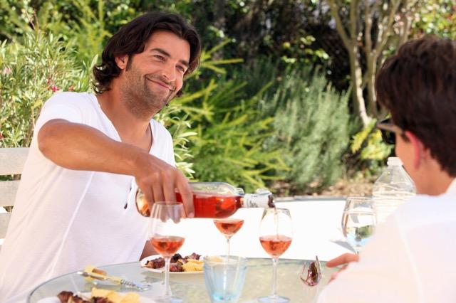 フランス人もロゼが大好き。 美味しいロゼワインの選び方 画像1