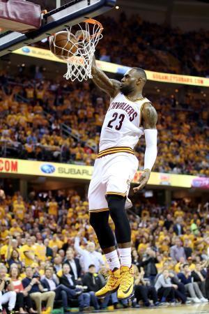NBA、キャバリアーズが先勝 7回戦制のプレーオフ東決勝 画像1