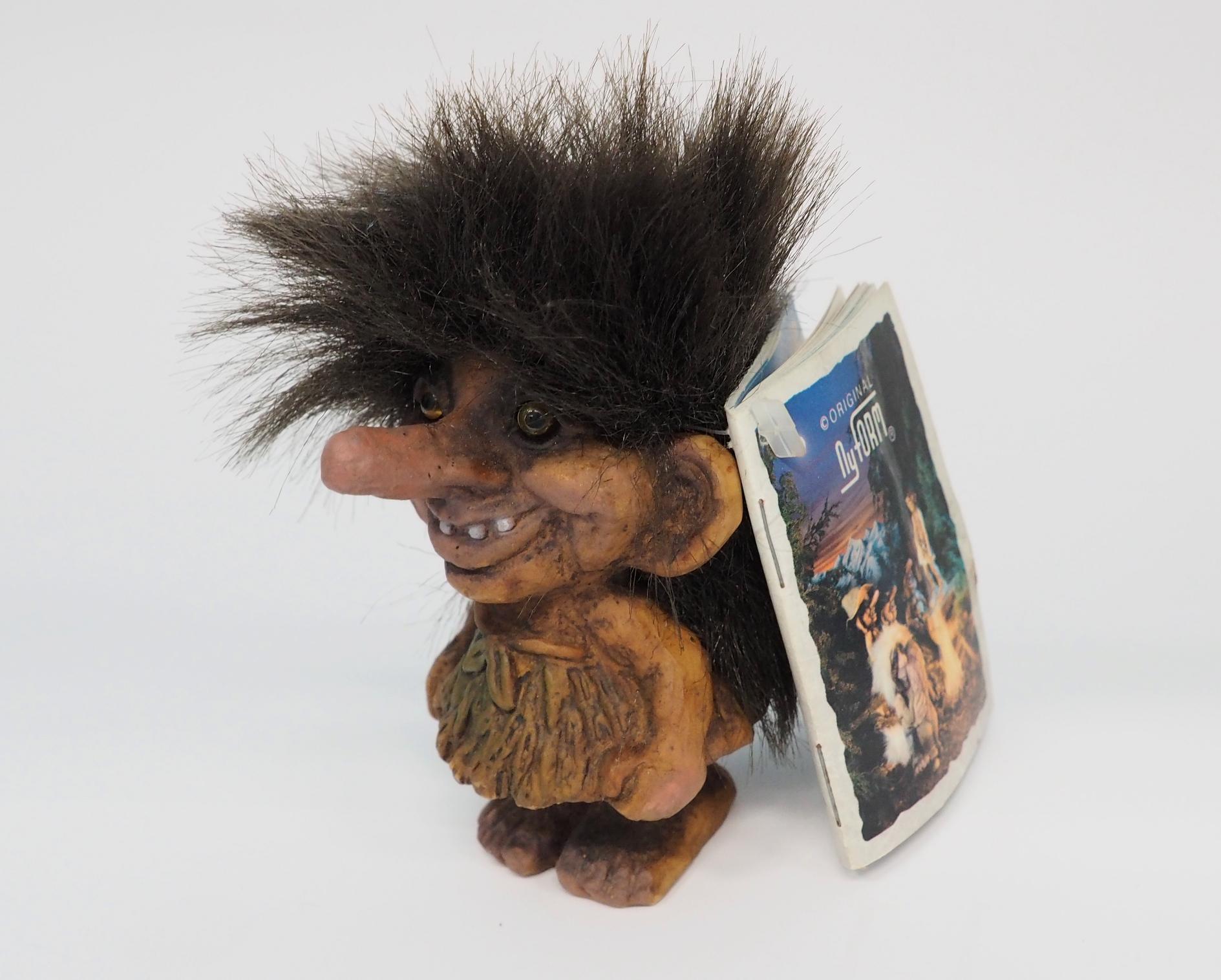 ノルウェーのほとんどの土産物屋には北欧神話の妖精トロールの人形が売っている。