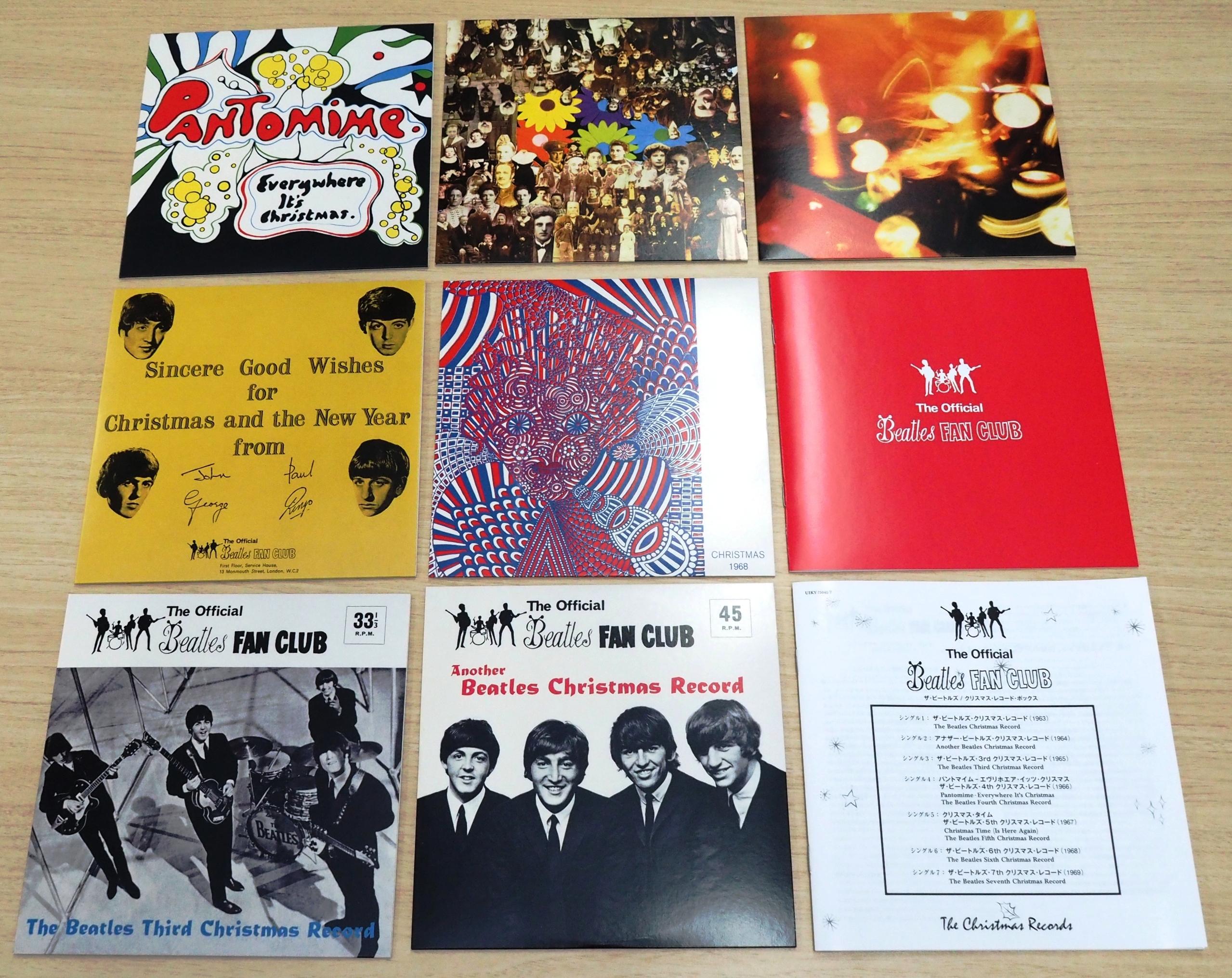 復刻された7枚のシングルとブックレット。