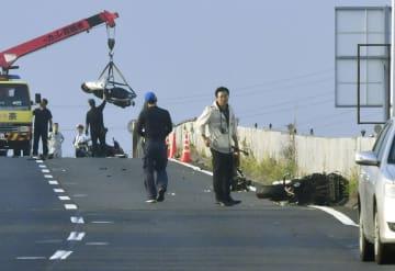 奈良バイク事故、8人の関係捜査 3台転倒し6人死亡 画像1