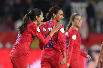サッカー、米国とカナダが五輪へ 女子の北中米カリブ海予選 画像1