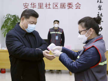 中国、春節休業明けも経済停滞 政府は生産再開呼び掛け 画像1