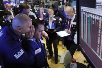 NY株続落、25ドル安 新型肺炎の懸念 画像1