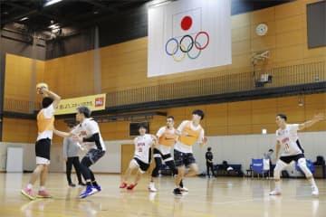 バスケ3人制、男子が合宿公開 五輪新種目、落合「全力出す」 画像1