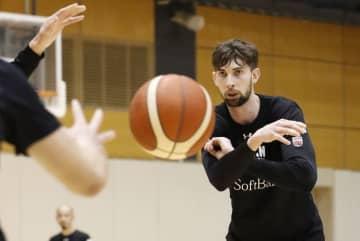 バスケ男子代表が合宿公開 国籍取得のロシター「新鮮」 画像1