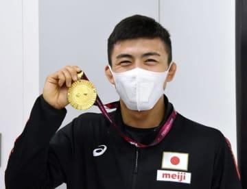 レスリング文田が帰国 アジア選手権Vから帰国 画像1