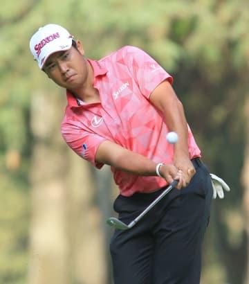 ゴルフ松山、64で4位浮上 世界選手権第2日 画像1