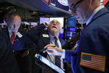 NY株急落、1031ドル安 新型肺炎拡大懸念、世界株安連鎖 画像1