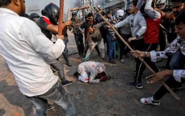 インド、デモ隊が衝突4人死亡 米大統領訪問中、改正国籍法巡り 画像1