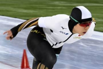 スケート高木美、新浜が総合首位 小平2位、スピード世界選手権 画像1