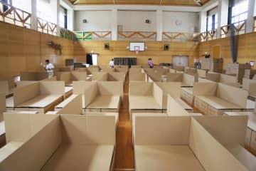 段ボールベッド協定広がる 災害に備え300自治体 画像1