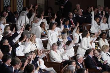 日本の女性議員率9.9% 世界は24.9%、25年で倍増 画像1