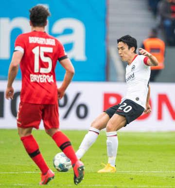 サッカー、長谷部はフル出場 ドイツ1部、鎌田は途中まで 画像1