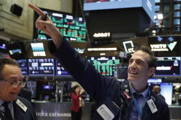 NY株反発、1167ドル高 トランプ氏の減税表明を好感 画像1