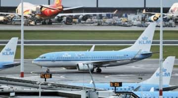 運航3割減、KLM2千人解雇へ 新型コロナが航空需要に打撃 画像1