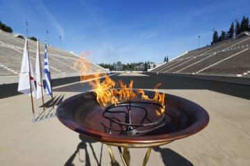 東京五輪聖火、アテネに到着 19日の式典まで競技場に 画像1