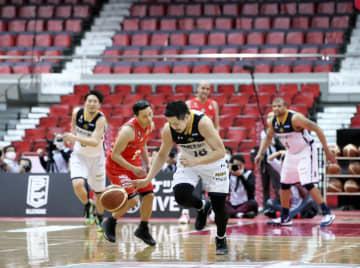 バスケ宇都宮、A東京が31勝目 B1、無観客試合で再開 画像1
