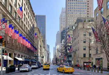 NY目抜き通りにスポーツ用品店 日米欧の大手が開設 画像1