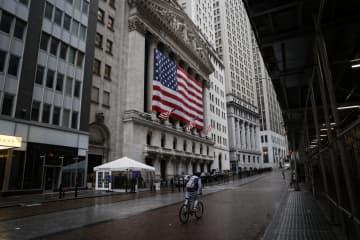NY株、一時2万ドル回復 米経済対策法成立に期待 画像1