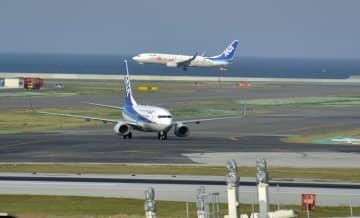 那覇空港の第2滑走路が供用開始 国際線運休で視界不良 画像1