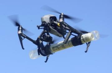 ドローン操縦に免許制度へ、政府 22年にも、学科と実技試験 画像1