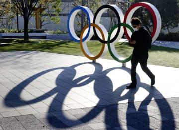 財務相、予算確保「全力挙げる」 東京五輪・パラ延期で 画像1