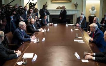 トランプ氏、石油大手首脳と会談 原油安で苦境、打開策協議 画像1
