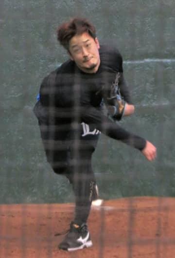 西武の平井が50球の投球練習 開幕延期を前向きに捉える 画像1