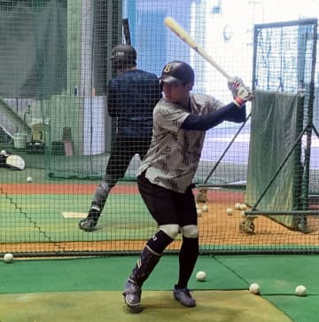 オリックス宜保「体を強くする」 2年目19歳、細身の内野手 画像1