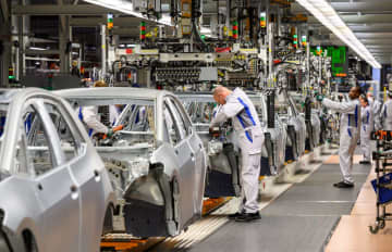 VW、営業利益77%減 1~3月、新型コロナ響く 画像1
