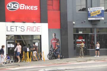 豪、コロナ禍で自転車人気 外出制限も通勤、運動OK 画像1