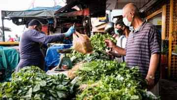 マレーシアが経済活動再開 感染拡大を懸念、首都は開店少数 画像1