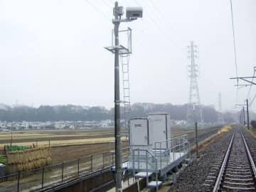 JR東、踏切障害物検知に最新版 豪雪地帯、郊外に先行導入 画像1