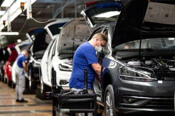 欧州車大手、コロナが業績直撃 5社の1~3月期 画像1