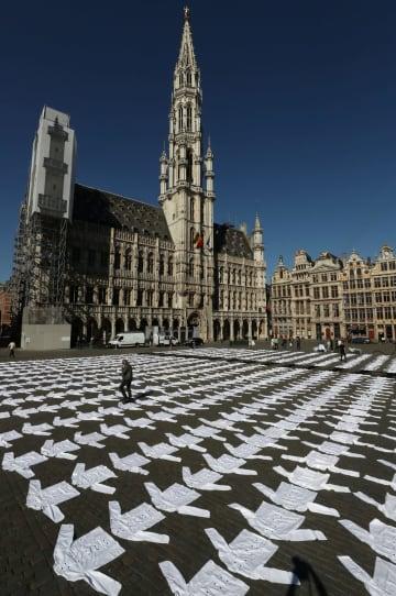 ベルギー、コック服並べ支援要求 世界遺産の広場で飲食業者 画像1