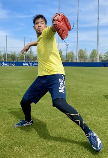 オリックス神戸、制球力アップへ 4年目右腕、直球の精度磨く 画像1