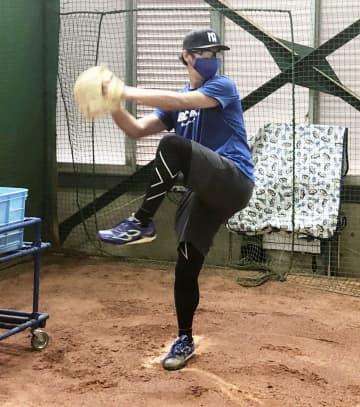 球界最年長投手が42歳に 中日・山井「野球がしたい」 画像1