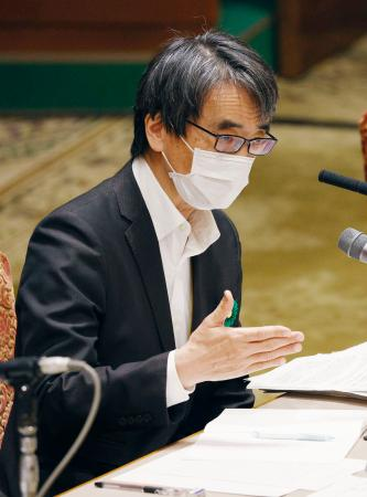 参院予算委で答弁する政府専門家会議の脇田隆字座長=20日午後