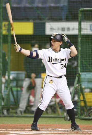 オリ吉田正、打球速度強化励む 公式戦開幕見据える 画像1