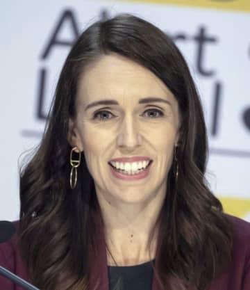 NZ首相、週休3日制を提案 観光市場拡大で経済復興へ 画像1