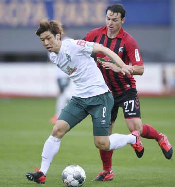 大迫と鎌田、後半途中出場 サッカー、ドイツ1部 画像1