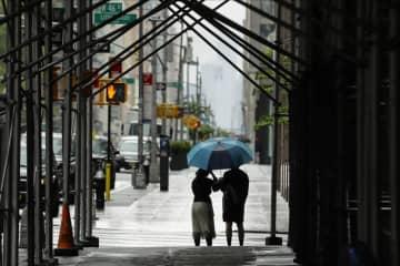 米ニューヨーク市感染、格差が影 富裕層は避難、貧困層に被害 画像1