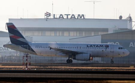 LATAM航空機(AP=共同)
