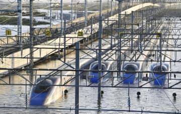 新幹線、基地に避難で被害最小化 浸水対策、運転再開まで長期化も 画像1