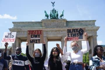 米黒人死亡への抗議、世界に拡大 欧州やカナダ、NZでも 画像1
