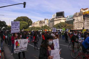 アルゼンチン、債務交渉を延長 12日まで、歩み寄り模索 画像1