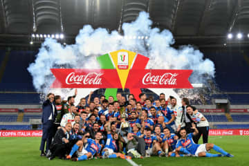 サッカー、ナポリが6度目優勝 イタリア杯、ユベントス退ける 画像1