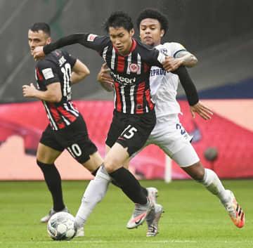 独サッカー、鎌田が先制アシスト 長谷部もフル出場、2-1で勝利 画像1